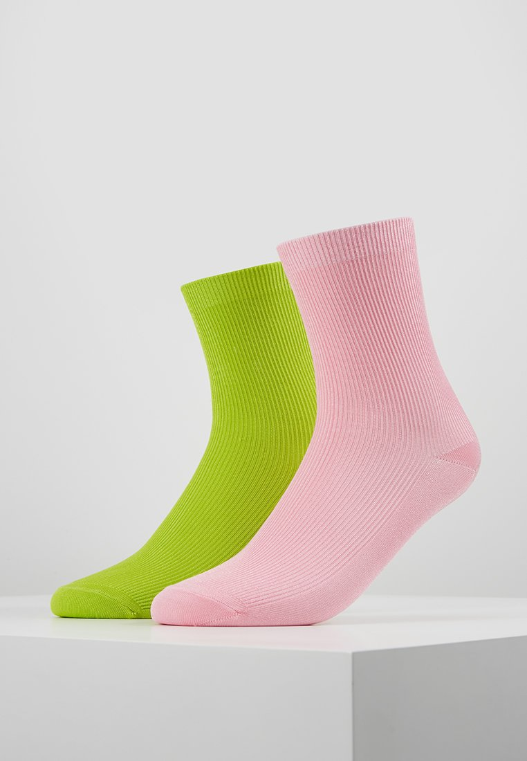 Monki - 2 PACK SEVVI SOCK - Socken - lime/neon green/pink
