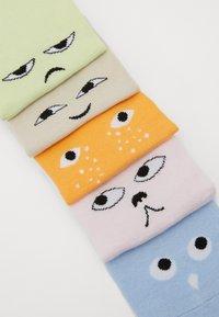 Monki - MIXED SNEAKER SOCKS 5 PACK - Enkelsokken - multi-coloured - 2