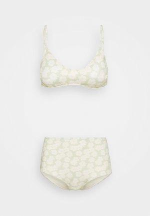 AZAMI AND NILLA RETRO FLOWER SET - Bikini - light green