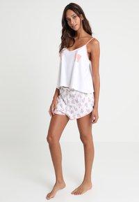 Monki - TANYA SET - Pyjama - white/pink - 1