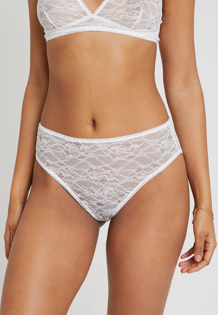 Monki - ANNELI BRIEF - Kalhotky/slipy - off white