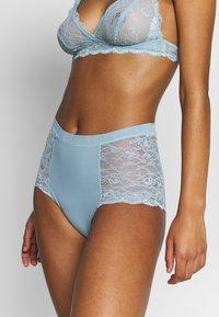 Monki - OMA HIGHT WAIST - Kalhotky/slipy - turquoise - 0