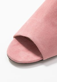 Mother of Pearl - MAEVE - Heeled mules - siena pink - 2