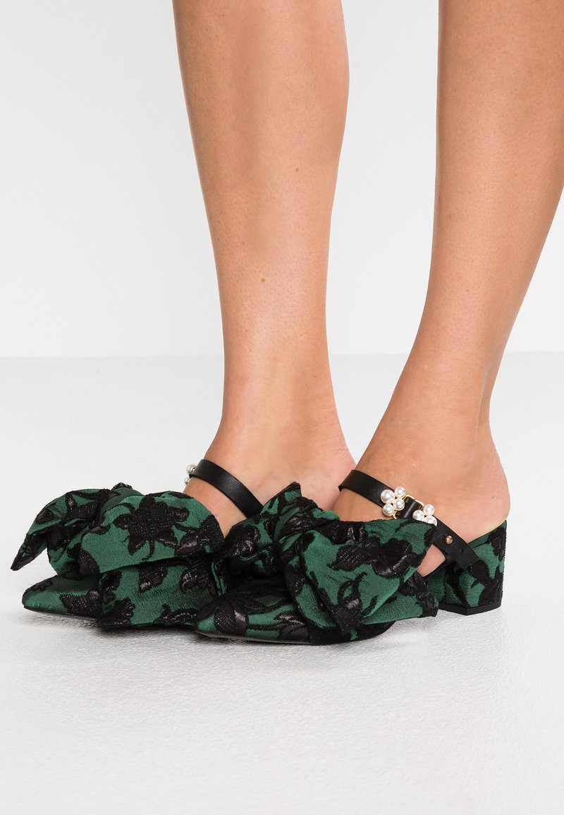 Mother of Pearl - IVY - Heeled mules - green/black
