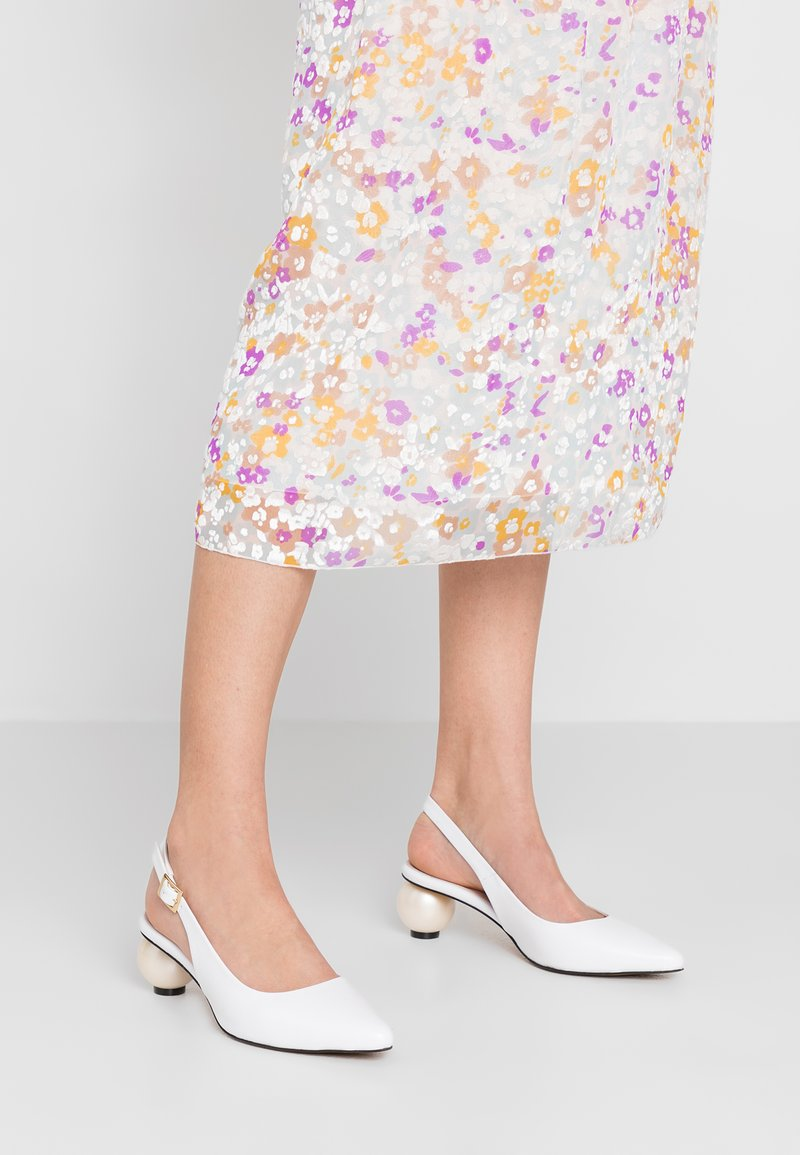 Mother of Pearl - FELICITY - Klassiske pumps - white