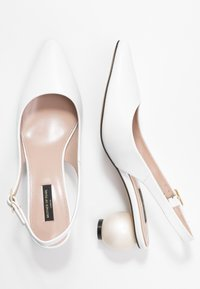 Mother of Pearl - FELICITY - Pumps - white - 3