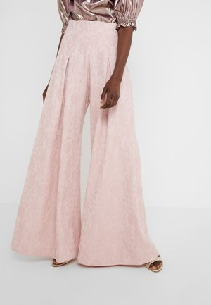 PLEATED FRONT TAILORED TROUSER - Trousers - pink