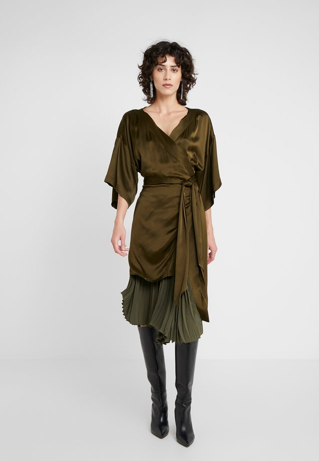 IZZY - Vestito elegante - forest green