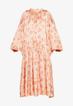 ELEANOR - Day dress - peach