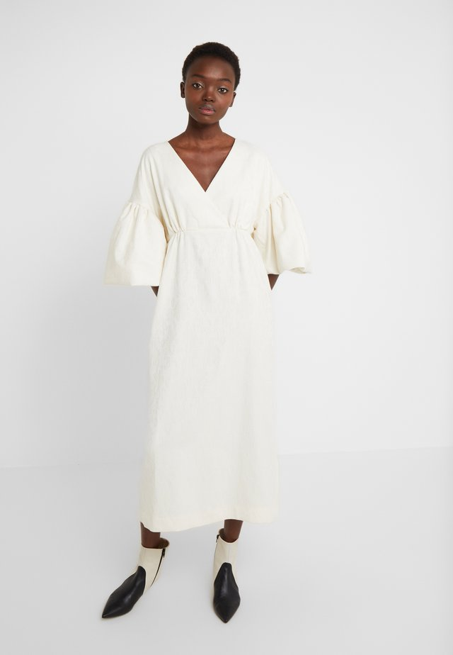 VNECK DRESS WITH PUFF SLEEVE - Abito da sera - ivory