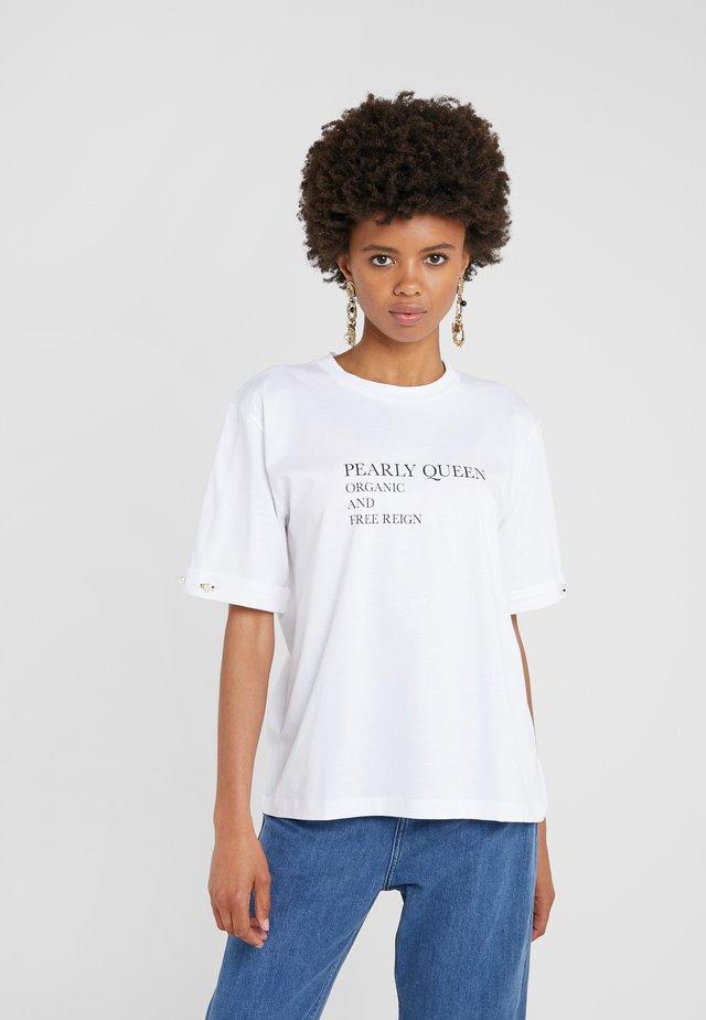 CHARLIE - T-shirts med print - white