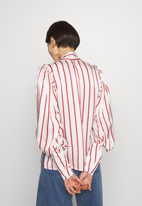 Mother of Pearl - BLOUSE WITH PUFF SLEEVE AND NECK TIE - Bluse - red stripe - 2
