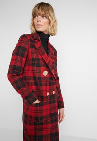 Mother of Pearl - MABLE - Classic coat - red - 4