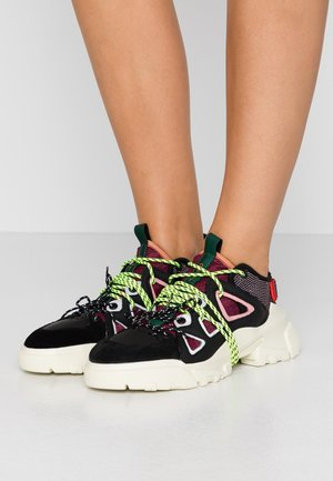 ORBYT  - Sneaker low - coral/multicolor