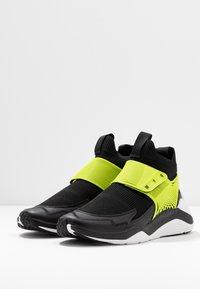 McQ Alexander McQueen - HIKARU 3.00 - Sneaker high - black/lime - 4