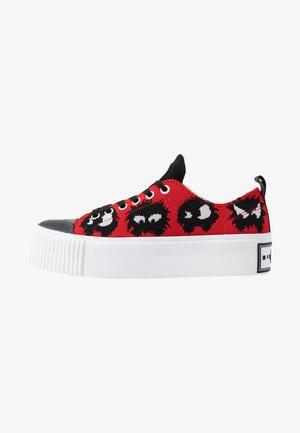 PLIMSOLL PLATFORM - Sneakersy niskie - red/black