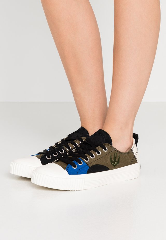 SWALLOW CAPSULE - Sneakers - khaki/skate/blue