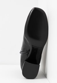 McQ Alexander McQueen - PHUTURE BOOT - Classic ankle boots - black - 6