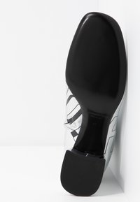 McQ Alexander McQueen - PHUTURE BOOT - Classic ankle boots - silver/black - 6