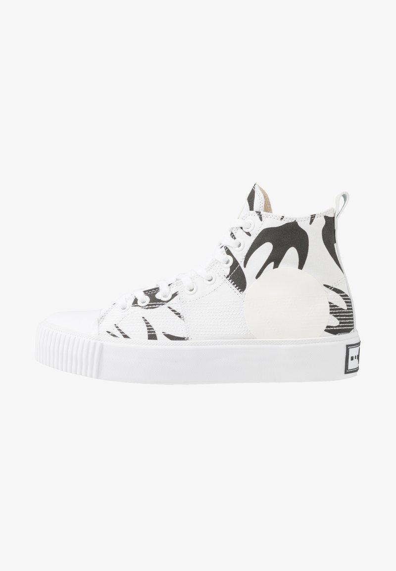 McQ Alexander McQueen - PLIMSOLL PLATFORM - Sneaker high - white/black