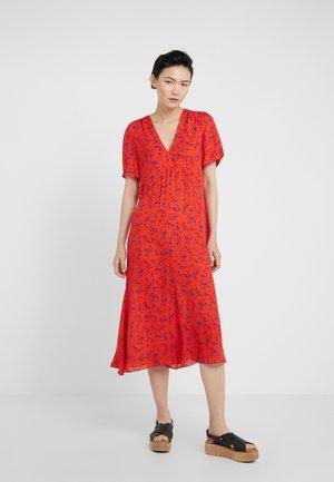V NECK SEAM - Korte jurk - blazing orange