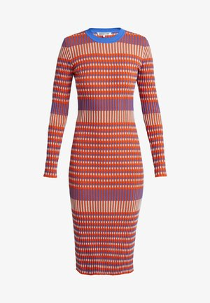 STRIPED DRESS - Strickkleid - orange/skate blue