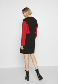 McQ Alexander McQueen - SHIZOKU - Korte jurk - darkest black/rust - 2