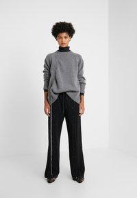 McQ Alexander McQueen - DRAWSTRING - Sweter - grey - 1
