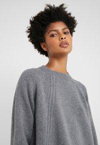 McQ Alexander McQueen - DRAWSTRING - Sweter - grey - 3