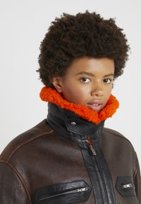 McQ Alexander McQueen - CROPPED FLIGHT  - Leren jas - orange/black - 4