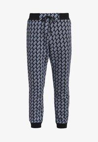 McQ Alexander McQueen - Pantalon de survêtement - darkest black - 4