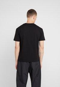McQ Alexander McQueen - DROPPED SHOULDER TEE - T-shirt basic - black - 2