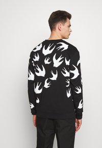 McQ Alexander McQueen - SWALLOW - Sweatshirt - darkest black - 2