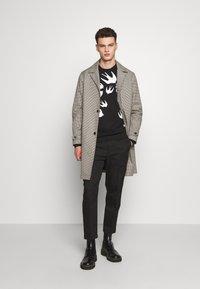 McQ Alexander McQueen - SWALLOW - Sweatshirt - darkest black - 1