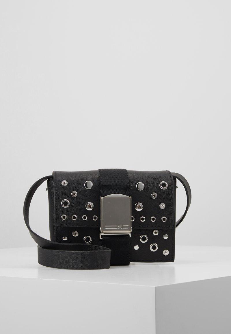 McQ Alexander McQueen - CHRISTINE DELUXE - Handtasche - black
