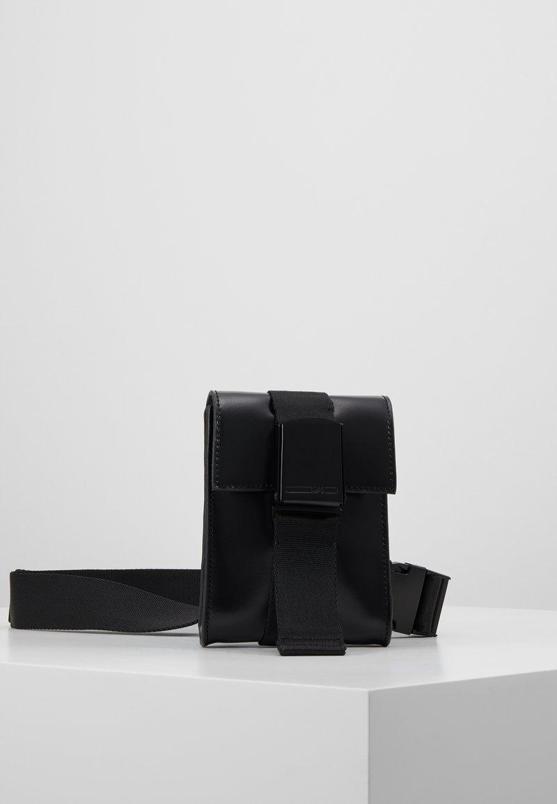 McQ Alexander McQueen - CHRISTINE DELUXE - Bum bag - black