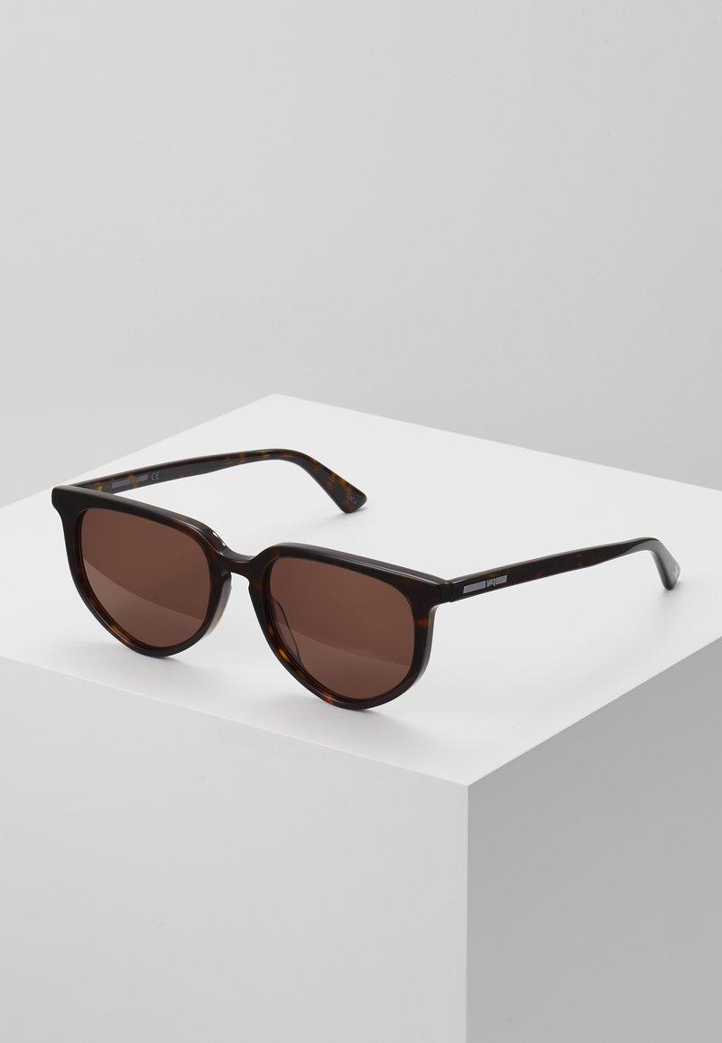 McQ Alexander McQueen - Lunettes de soleil - havana/brown