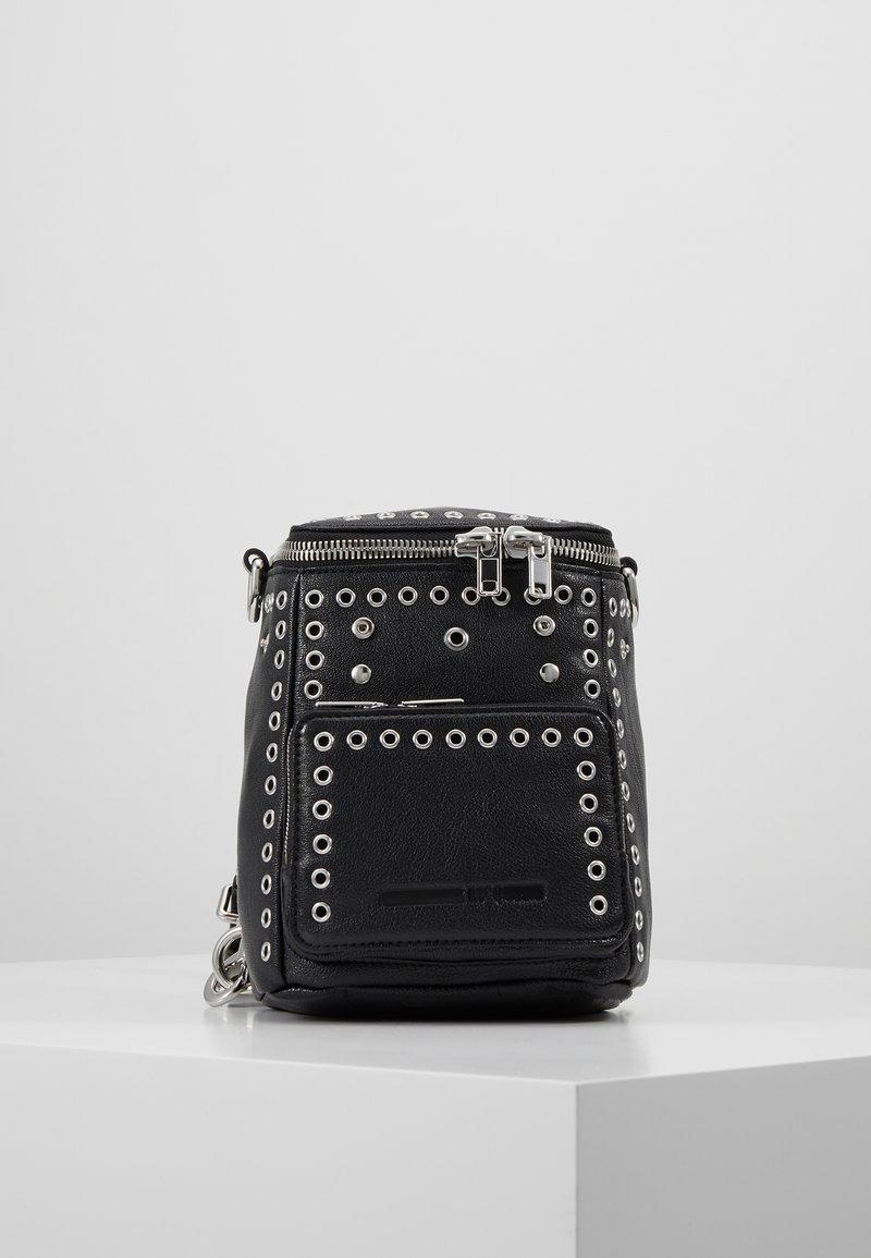 McQ Alexander McQueen - MINI CONVERTIBLE - Plecak - black