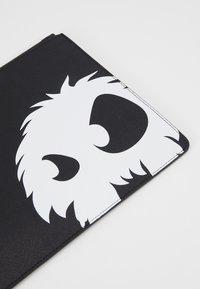 McQ Alexander McQueen - Notebooktasche - black - 2
