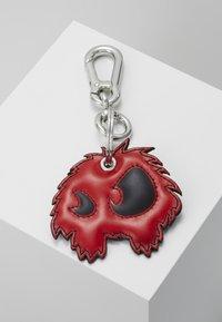 McQ Alexander McQueen - MONSTER KEY CHAIN - Keyring - black/red - 0