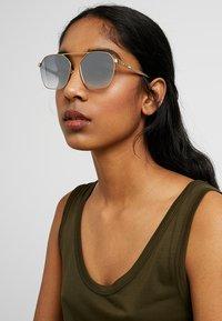 McQ Alexander McQueen - Sonnenbrille - gold/silver-coloured - 2
