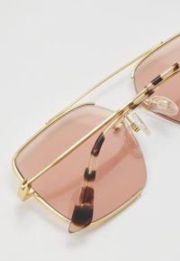 McQ Alexander McQueen - Solbriller - gold-coloured/pink - 5