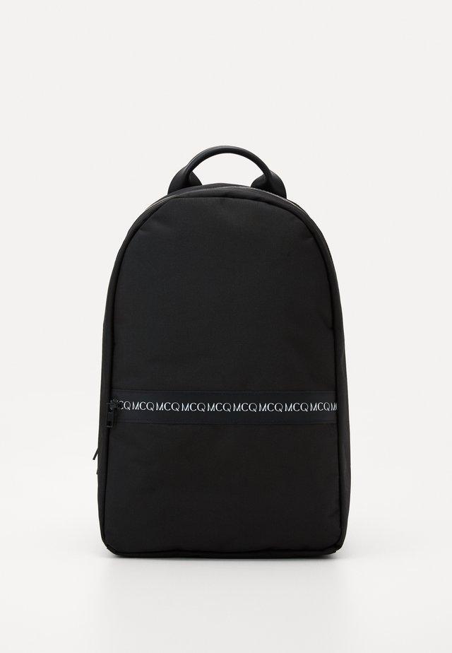 CLASSIC BACKPACK - Tagesrucksack - black