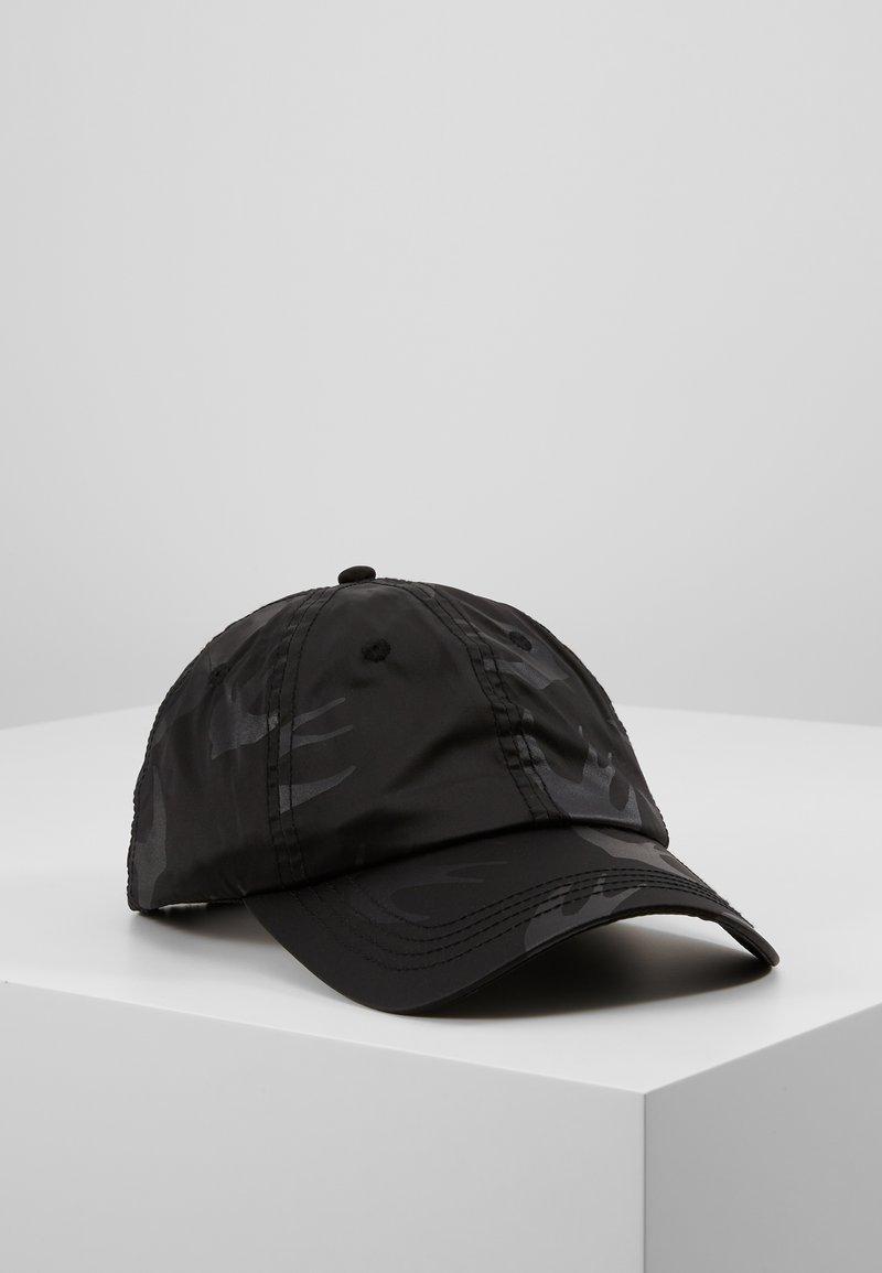 McQ Alexander McQueen - Pet - black
