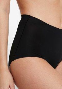 MAGIC Bodyfashion - MAXI SEXY TUMMY SQUEEZER - Shapewear - black - 5