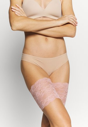 BE SWEET TO YOUR LEGS - Over-the-knee socks - blush pink