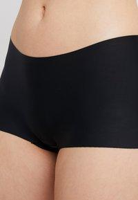 MAGIC Bodyfashion - DREAM INVISIBLES BOYSHORT 2 PACK - Shapewear - black - 4