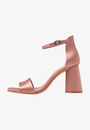ALFREDO - Sandały na obcasie - cladiella pink