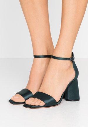 ALFREDO - Sandály na vysokém podpatku - millia green
