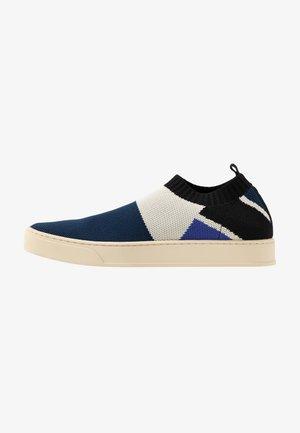 Loafers - cornflower blue